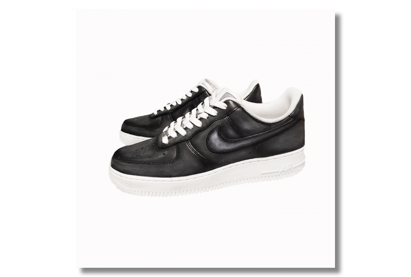 Nike Air Force - Black...